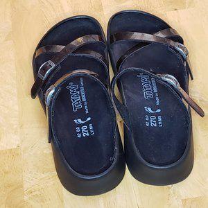 BIRKENSTOCK Tatami Purple Glitter Sandals